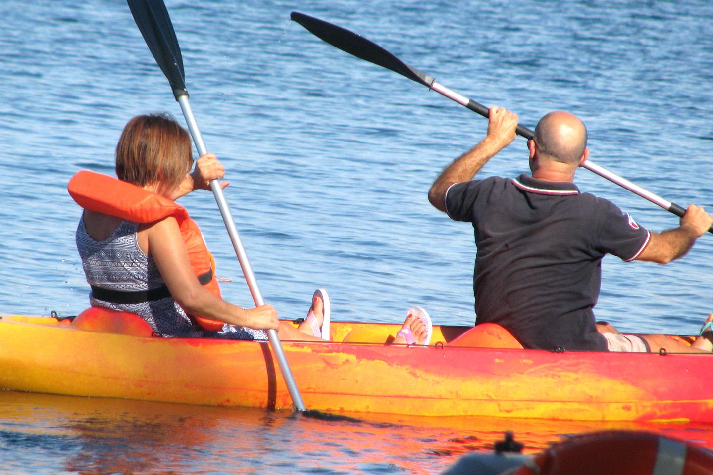 escursione in canoa